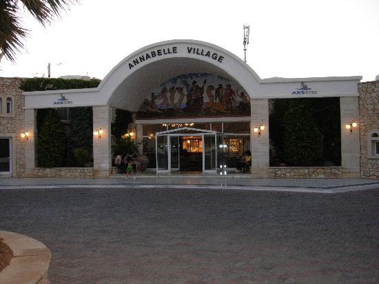 AKS Annabelle Beach Resort: Hotel Vew