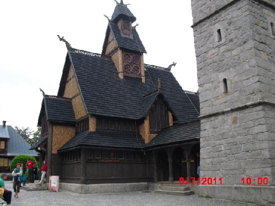 Tarasy Wang: die berühmte Kirche gleich neben dem Hotel-leider kann man nur mit Gruppenführung rein-Schade!