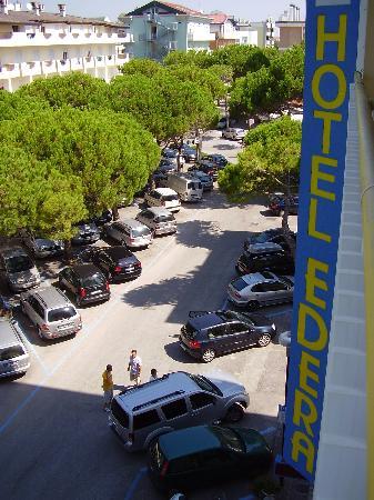Hotel Edera : la vista sulla via