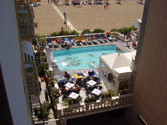 Hotel Edera : la vista sulla spiaggia