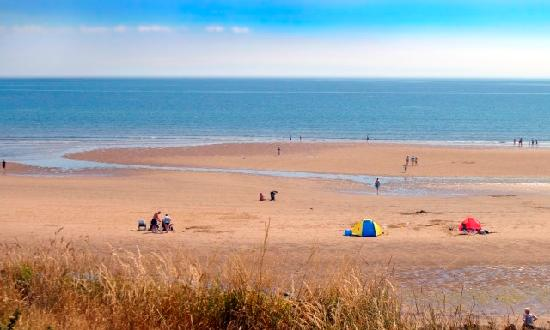 Ashington, UK: Sandy Bay - Right on the beach