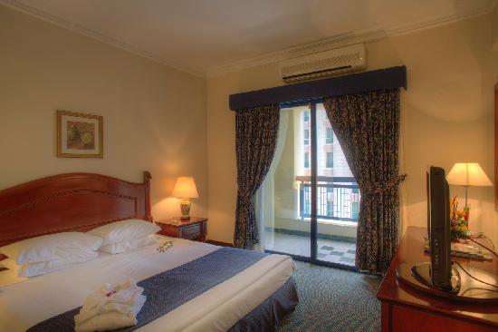 Al Diar Mina Hotel: Suite Bedroom