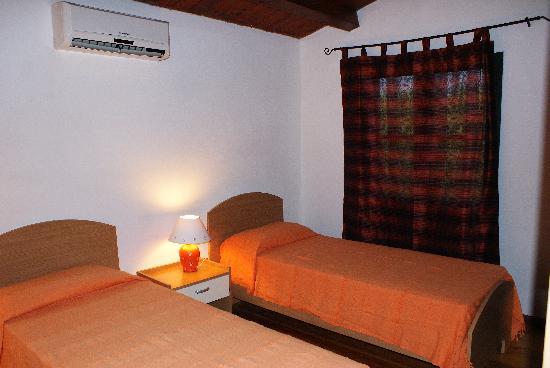 Le Casette: double bed house 1