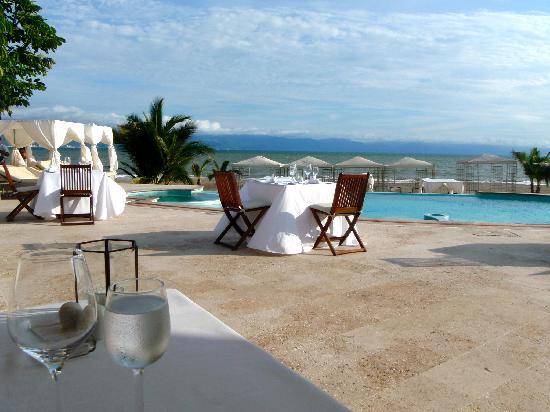 Casa Velas : beach club restaurant