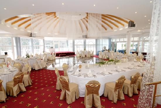 Esplanade Spa & Golf Resort: Kolonada representative room