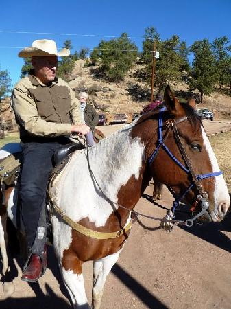 Tarryall River Ranch: Saddled up and ready to ride...