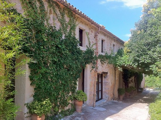 Agroturismo Vall de Pollenca: front of house