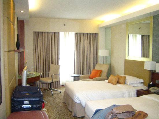 คราวน์ พลาซ่า ปักกิ่ง วังฟูจิง โฮเต็ล: Nuestra habitación