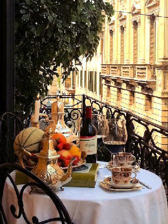 Residenza Borsari: Suite Giulietta - Balcone su Corso Porta Borsari