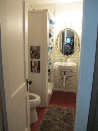 "The Motor Lodge: bathroom for the ""apartment"""