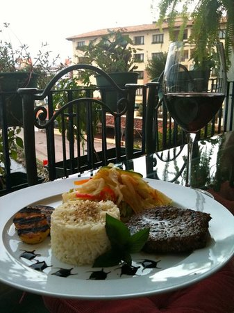 Arte Culinario by Mavi Graf: Delcious meal by Arte Culnario, enjoyed from our terrace in Marina Vallarta.