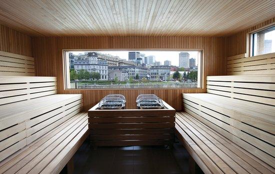 Bota Bota, spa-sur-l'eau: Sun Deck sauna