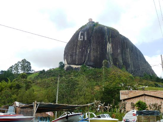 Guatape, Colombia: That's a big rock...