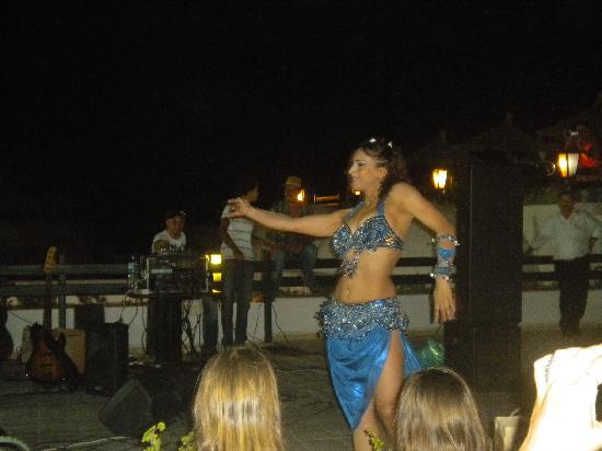 Club Marmara Hammamet Beach: soirée du 14 juillet...danse orientale !!!