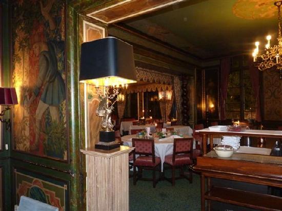 Marksman Tours : The lovely Duc de Bourgogne