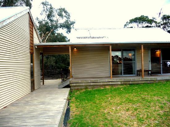 Pavilions Kangaroo Island: Pavillions Outside