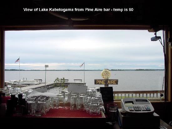 Pine Aire Resort: View of Lake Kabetogama from bar in Pine Aire lodge