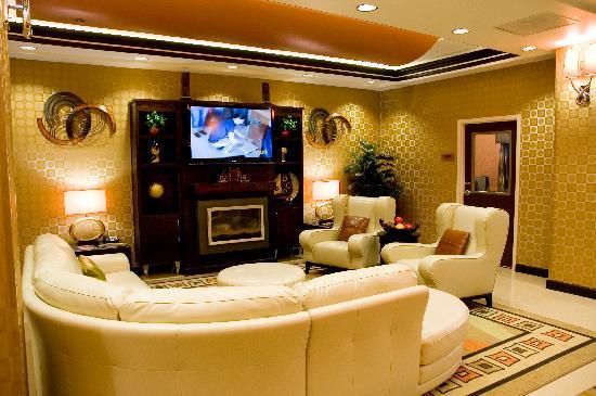 Best Western Plus JFK Inn & Suites: Lobby