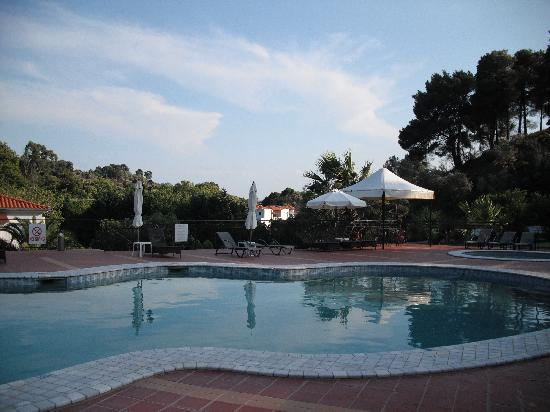 Marialena Village Apartments: View of the pool!