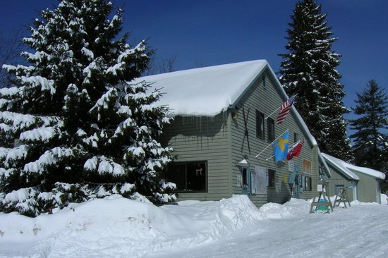 Lapland Lake Nordic Vacation Center: The Finnish Line Lodge