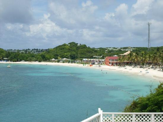 Pineapple Beach Club Antigua: View of the bay and our beach