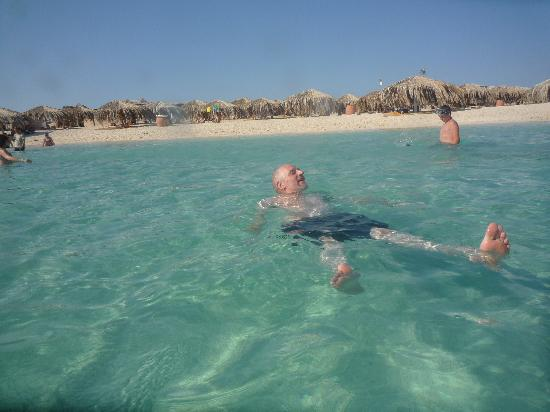 The Grand Resort Hurghada: lovely beach & no towel's on the sunbeds