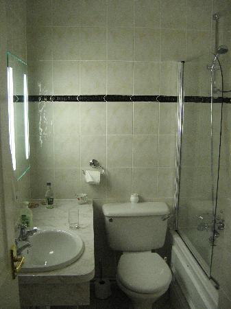 Spode - bathroom