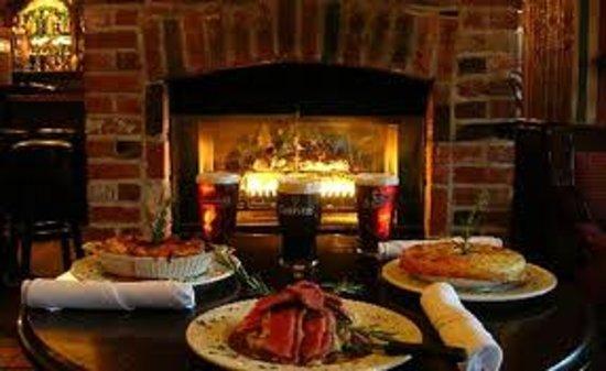 Dubh Linn Gate Irish Pub: Hungry?