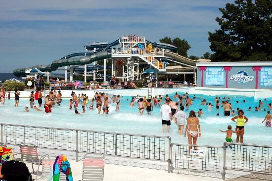 Rochester, NY: Wave Pool