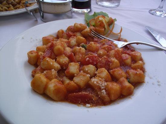 Ai Quattro Venti: Gnocchi Pomodoro , Dilci