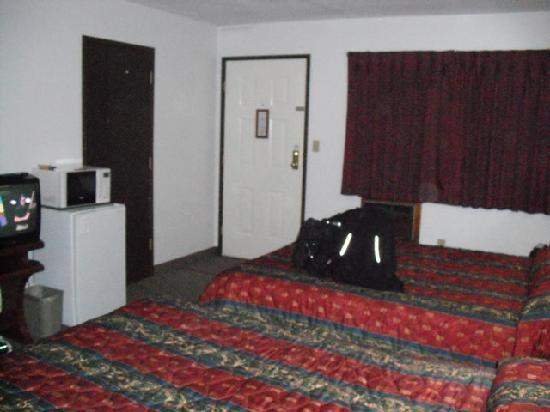Alpen Motel: Alpen Hotel Room 4