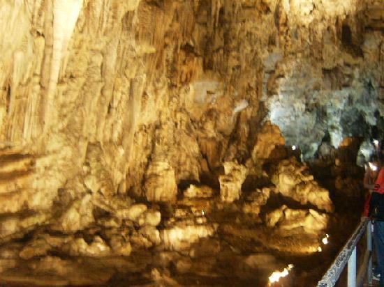 Parque Nacional Grutas de Cacahuamilpa: Estalagtitas y estalgmitas