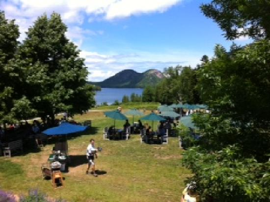 Asticou Inn : Hike from the Inn to the Jordan Pond House for popovers