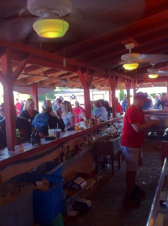 Mays Landing, Nueva Jersey: Full outside bar