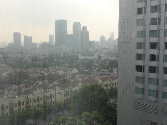 Hotel Equatorial Shanghai: 部屋からの眺め