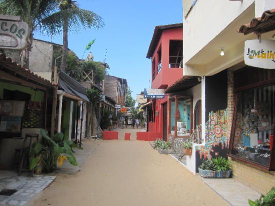 جيريكوكوارا: Pela vila