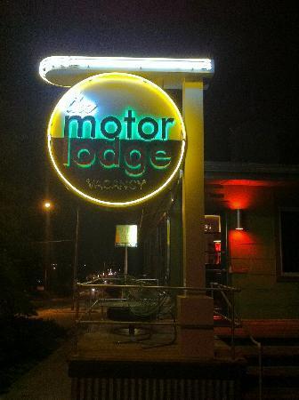 The Motor Lodge: Cool Sign
