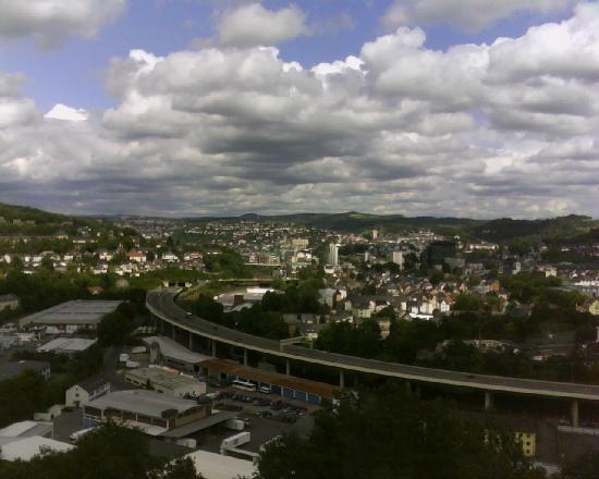 Berghotel Johanneshöhe: vue de la chambre sur siegen