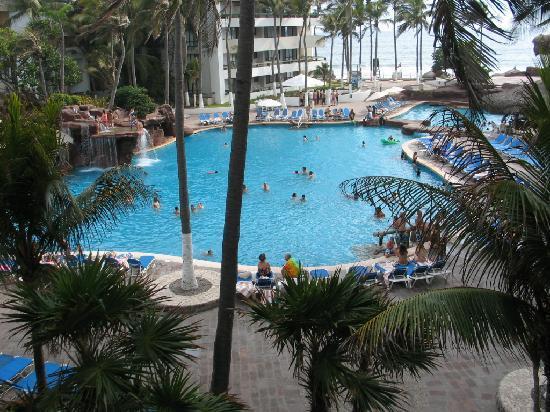 El Cid Castilla Beach Hotel : Vista de la alberca en Cid Castilla