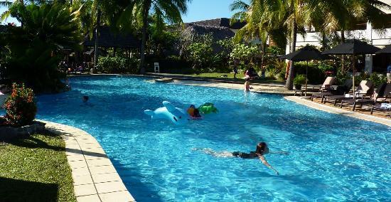 Sofitel Fiji Resort & Spa: Pool shot 2