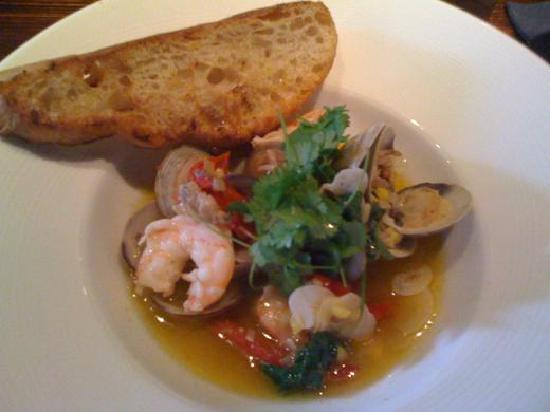 Max's Harvest : Shrimp, clams and tasso