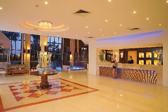 Elias Beach Hotel : Hotel Reception