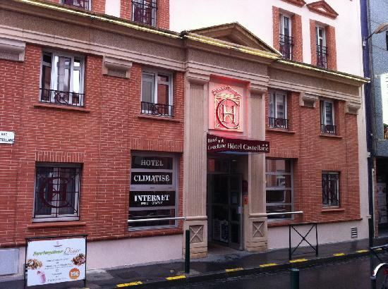 Hotel Castellane: Hotel front