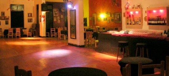 Flor de Milonga!!: The space (from their website)