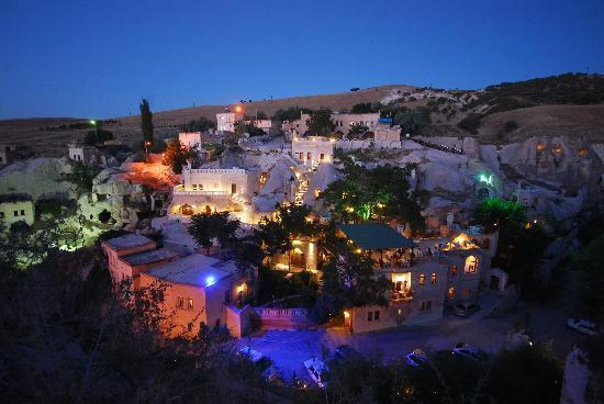 Gamirasu Cave Hotel By Night