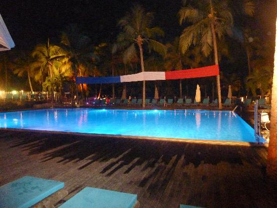 Club Med La Caravelle: la piscine le 14 juillet