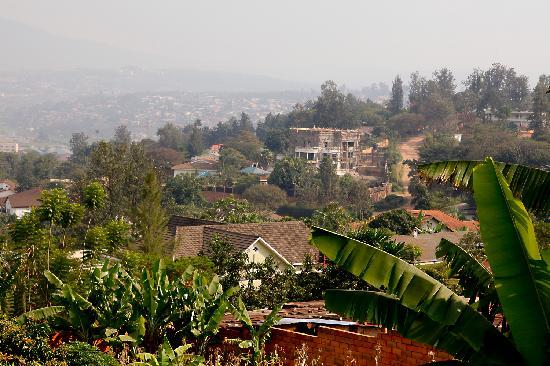 Elegancya Bed and Breakfast: view of Kigali from the breakfast terrace