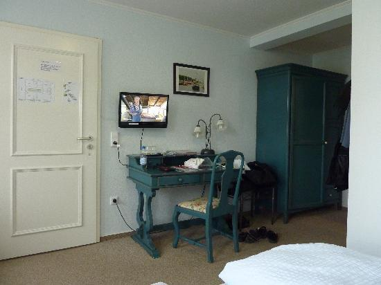 Villa ostseegruss bewertungen fotos warnem nde for Warnemunde familienzimmer