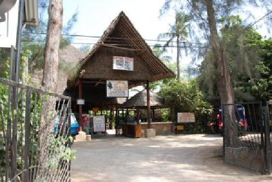 Mtwapa, Kenya: Main Entrance