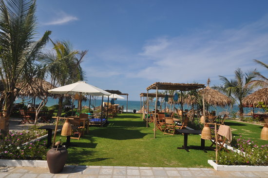 Jaspas Beach Club : beach side